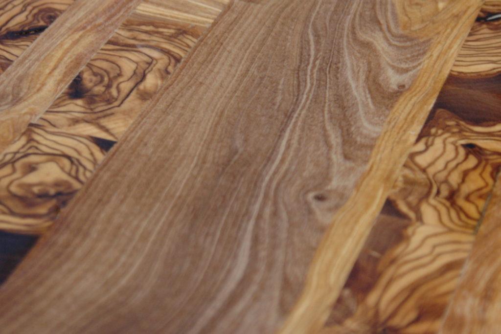 madera del árbol de olivo