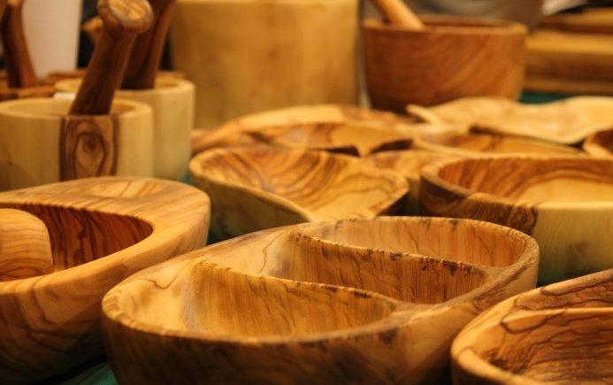 artesanía elaborada con madera de olivo